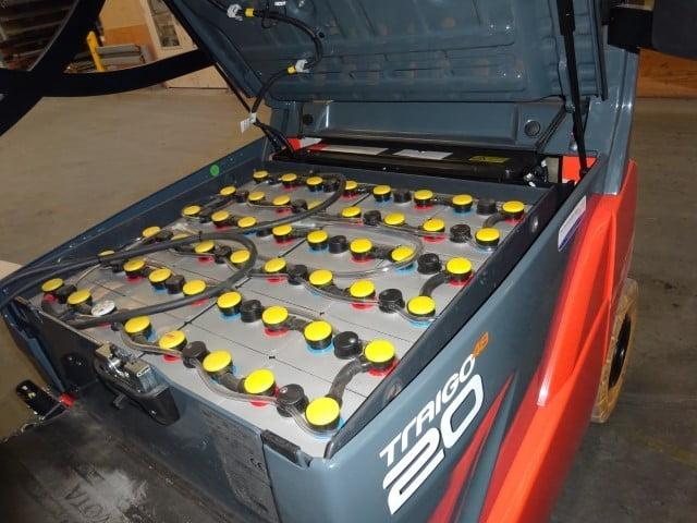 Een tractie batterij accu is het hart van de heftruck. merk FIAMM MP